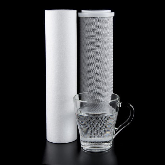 water filter with carbon filter